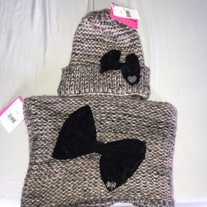 Betsy Johnson scarf and hat set